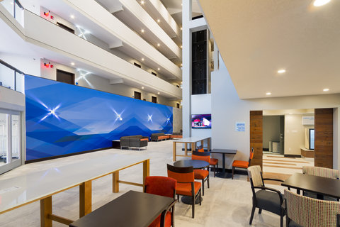 Holiday Inn Express & Suites SAN ANTONIO EAST - I10 - Meeting Room