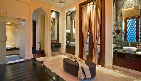 منتجع وسبا قصر العرين - Royal Pool Villa