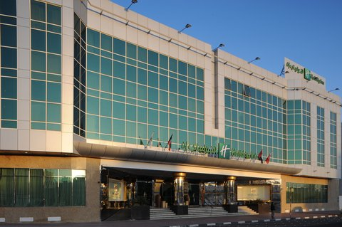 Holiday Inn BUR DUBAI - EMBASSY DISTRICT - Located at a short walking distance from the main metro station