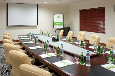 Holiday Inn BUR DUBAI - EMBASSY DISTRICT - Your meeting at glance in our well-appointed meeting rooms