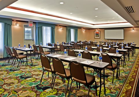 Holiday Inn Express & Suites DAYTON SOUTH FRANKLIN - Our location is convenient for your meeting at Franklin Ohio