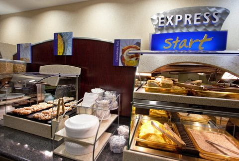 Holiday Inn Express & Suites DAYTON SOUTH FRANKLIN - Breakfast Bar at Holiday Inn Express Franklin Ohio