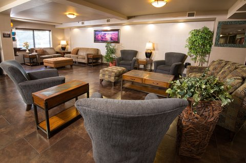 Holiday Inn Express & Suites GRAND CANYON - Hotel Lobby