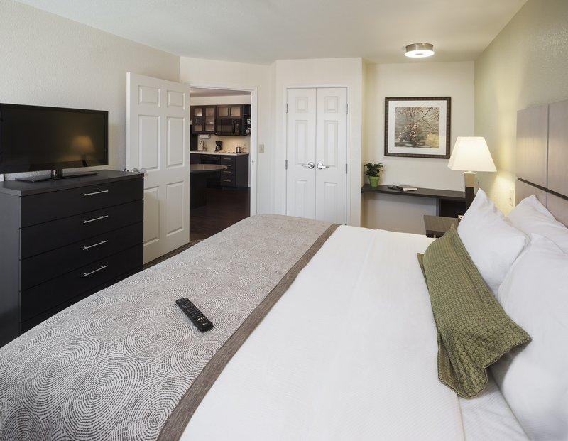 Candlewood Suites-Hampton - Hampton, VA