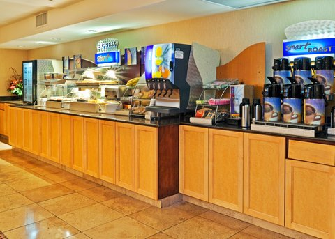 Holiday Inn Express & Suites BIRMINGHAM - INVERNESS 280 - New  healthy choices added to an  already great  breakfast buffet