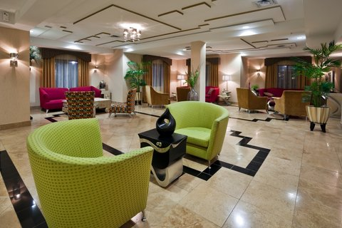 Holiday Inn Express & Suites BIRMINGHAM - INVERNESS 280 - Boutique Style lobby with complimentary Wi-Fi