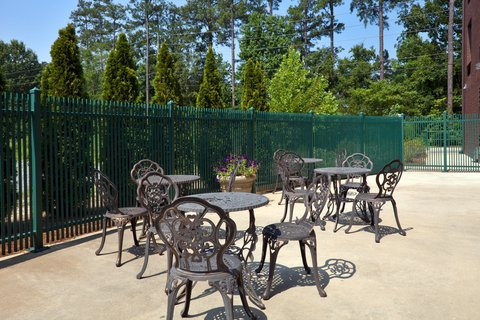 Holiday Inn Express & Suites BIRMINGHAM - INVERNESS 280 - Outdoor Patio perfect for a banquet  wedding luncheon or brunch