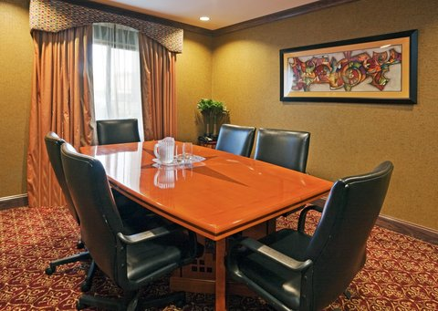 Holiday Inn Express & Suites BIRMINGHAM - INVERNESS 280 - Boardroom