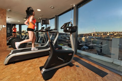 Holiday Inn BRNO - MiniGym on the top floor with the beautiful view