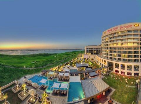 فندق كراون بلازا أبوظبي, جزيرة ياس  - Imagine overlooking Yas Links and the Gulf Sea