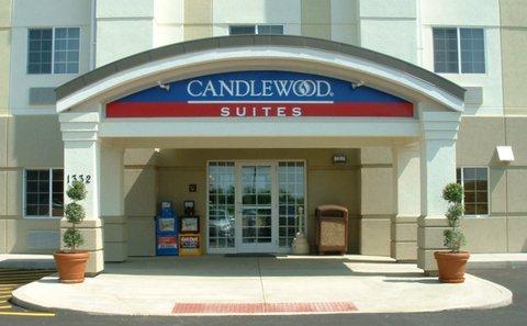 Candlewood Suites WATERLOO- CEDAR FALLS - Hotel Exterior