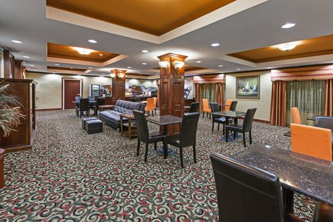 Holiday Inn Express & Suites AMARILLO EAST - Great Room