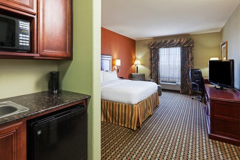 Holiday Inn Express & Suites AMARILLO EAST - Executive Room