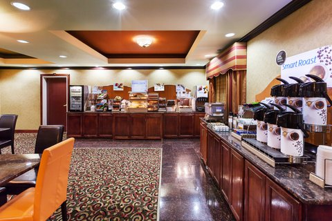 Holiday Inn Express & Suites AMARILLO EAST - Breakfast Bar