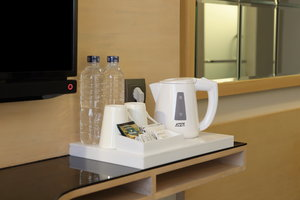 Holiday Inn Express Jakarta Thamrin In-Room Beverage Selections