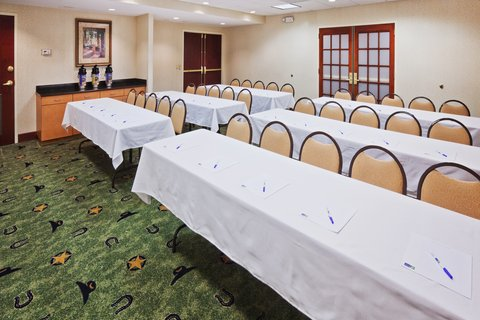 Holiday Inn Express & Suites MESQUITE - Meeting Room