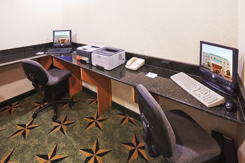 Holiday Inn Express & Suites MESQUITE - Business Center