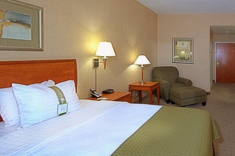 Holiday Inn Hotel & Suites GOODYEAR - WEST PHOENIX AREA - King Bed Guest Room