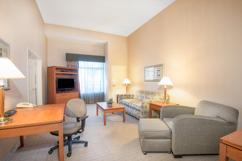 Holiday Inn Hotel & Suites GOODYEAR - WEST PHOENIX AREA - ADA Handicapped accessible One Bedroom King Suite Living Area