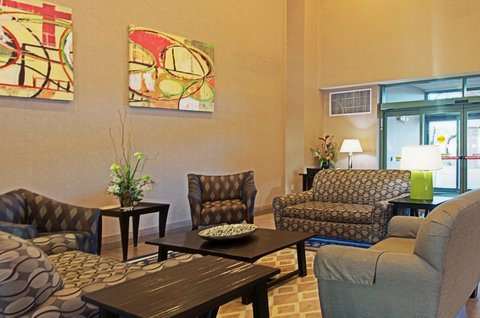 Holiday Inn Hotel & Suites GOODYEAR - WEST PHOENIX AREA - Lobby Lounge