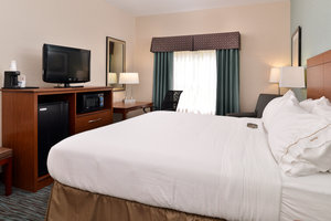 Hotels Near Mckean Federal Prison