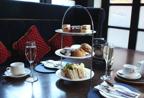 Holiday Inn GLASGOW - CITY CTR THEATRELAND - Enjoy our  oui  afternoon tea from  22 95 pp