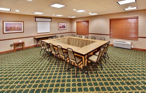 Holiday Inn Express & Suites BROOKINGS - Meeting Room