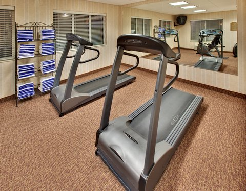 Holiday Inn Express & Suites BROOKINGS - Fitness Center