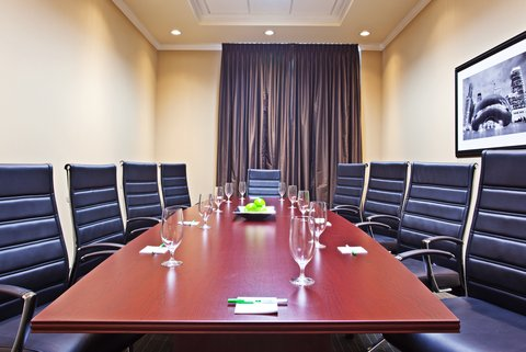 Holiday Inn Chicago Midway Airport Hotel - Executive Boardroom