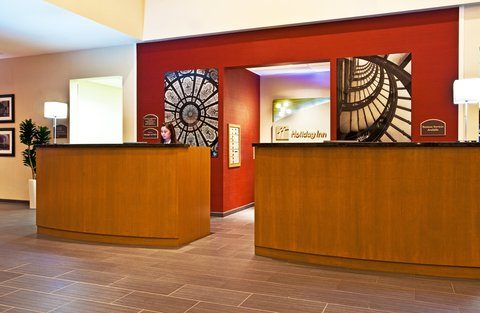 Holiday Inn Chicago Midway Airport Hotel - Front Desk