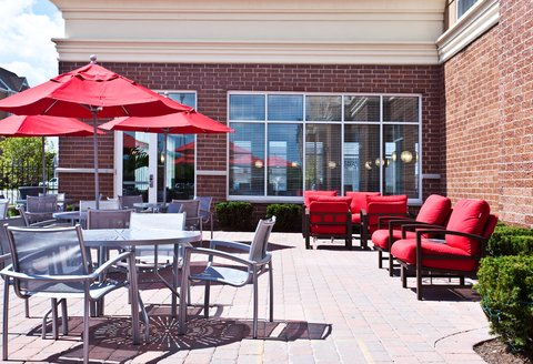 Holiday Inn Chicago Midway Airport Hotel - Restaurant Patio