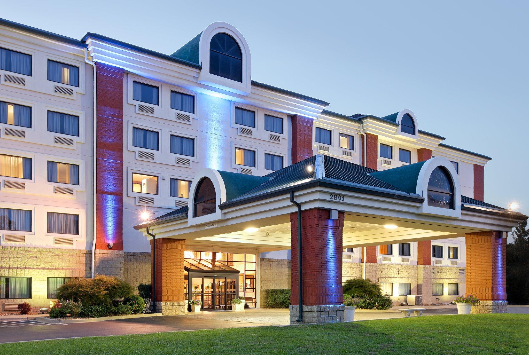 Holiday Inn Express Branson - Green Mtn