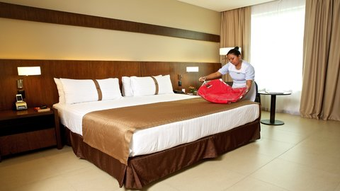 Holiday Inn GUAYAQUIL AIRPORT - King Leisure - Non Smoking