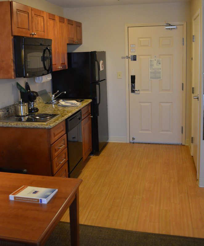 Candlewood Suites PERRYSBURG - Perrysburg, OH