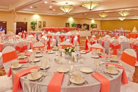 Holiday Inn FLINT - GRAND BLANC AREA - Banquet Reception