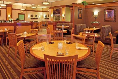 Holiday Inn FLINT - GRAND BLANC AREA - J Porters Restaurant