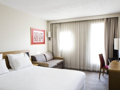 Novotel Airport - Guest Room