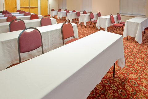 Holiday Inn Express & Suites Arlington (Six Flags Area) - Meeting Room