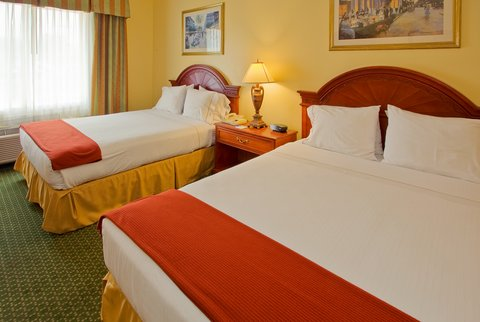 Holiday Inn Express & Suites Arlington (Six Flags Area) - Queen Bed Guest Room