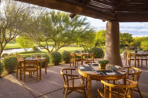Boulders Resort & Golden Door Spa - Outdoor Patio