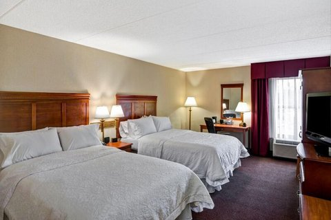 Hampton Inn Albany-Wolf Road - Double Bedroom