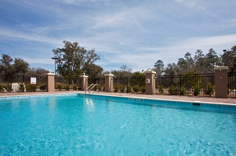 Holiday Inn Express & Suites PERRY - Swimming Pool