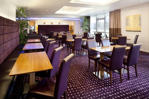 Holiday Inn Express CAMBRIDGE - Guest Dining Lounge