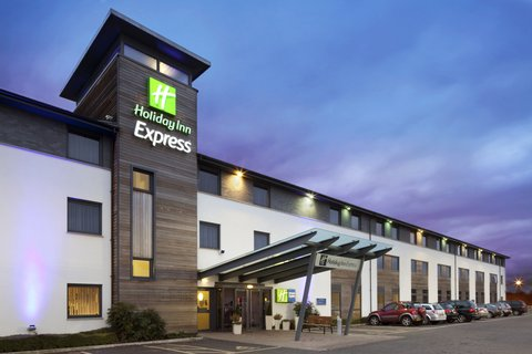Holiday Inn Express CAMBRIDGE - Welcome to the Holiday Inn Express Cambridge hotel