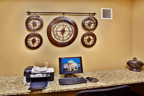 Holiday Inn Express & Suites DUBUQUE-WEST - Holidsy Inn Express   Suites Dubuque Business Center