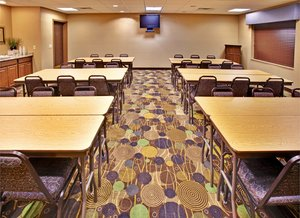 Meeting Facilities - Holiday Inn Express Hotel & Suites Dubuque