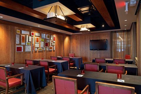 Hotel Indigo BOSTON-NEWTON RIVERSIDE - Rib   Short Rib Rooms accommodates 50 people for dining