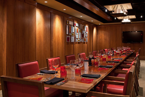 Hotel Indigo BOSTON-NEWTON RIVERSIDE - Let us up you plan your special events and private dinners
