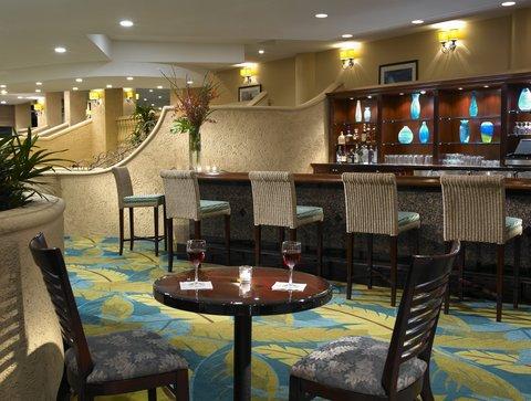 Holiday Inn Miami Beach - Oceanfront - Holiday Inn Miami Beach Oceanfront Blue Parrot Lobby Bar
