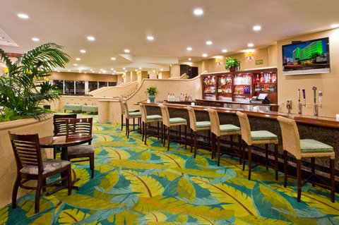 Holiday Inn Miami Beach - Oceanfront - Bar and Lounge